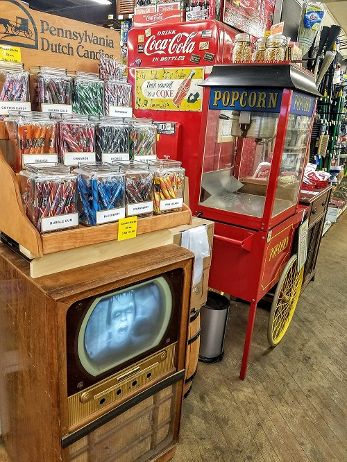 Moorestown-Hardward-Popcorn-stand-candy